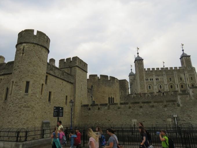 古老的伦敦塔在历史上还充任过造币馆